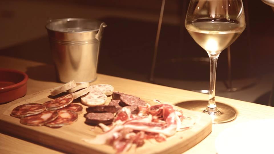 La Goutte, le bar à vins chic qui ne tâche pas !