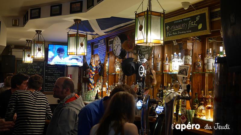 musique live au pub Highlander