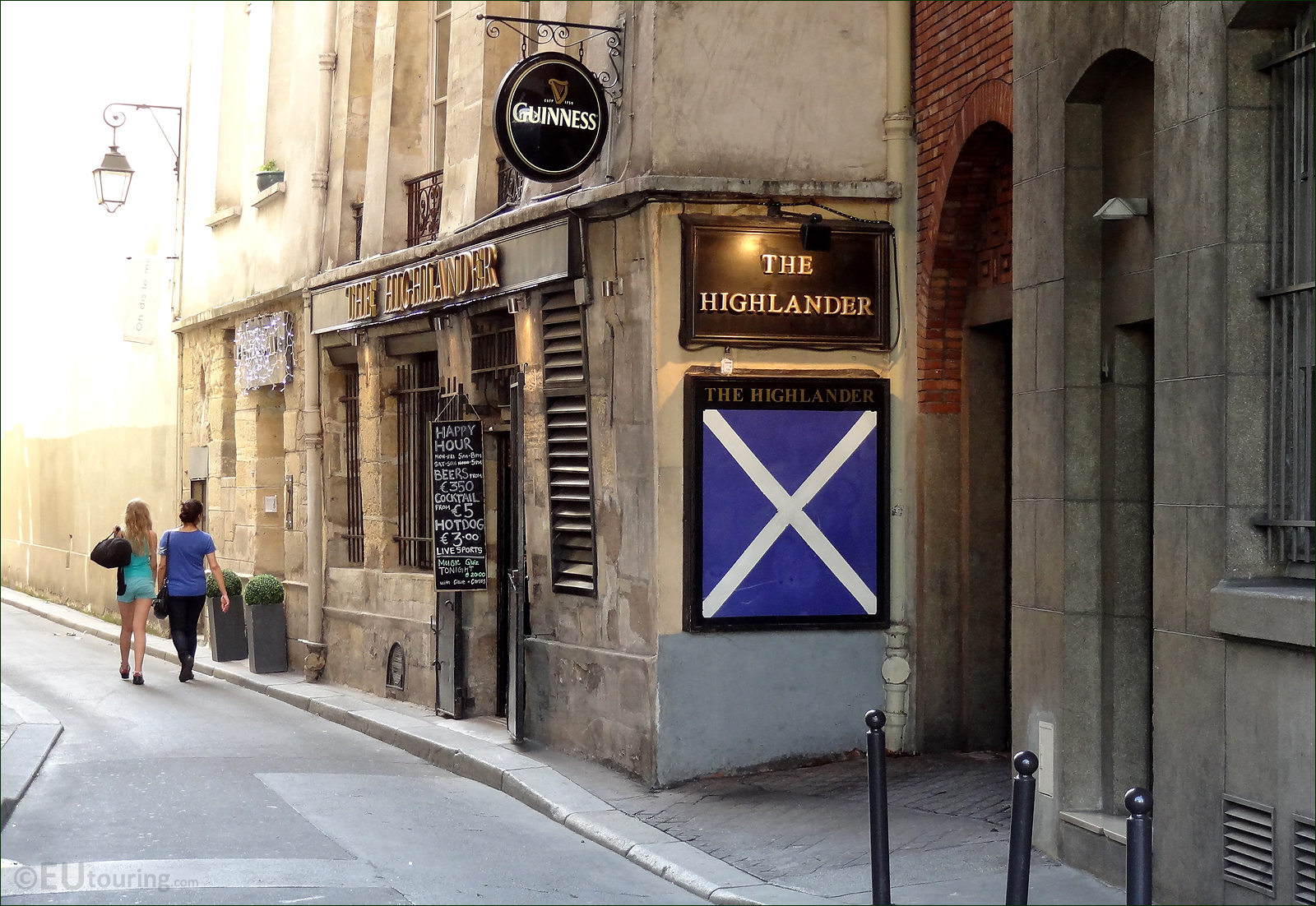 pub_highlander_paris