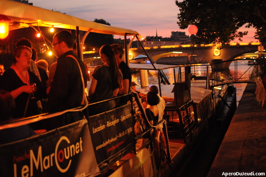 10 péniches à Paris pour prendre l'Apéro