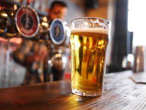 Apéro au Bar la Bonne Décision