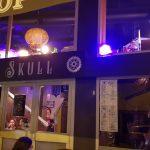 On a pris l'apéro dans le 1er bar steampunk, le Skull à Lyon !