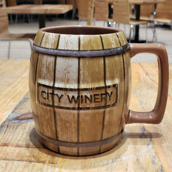 mug tonneau de vin